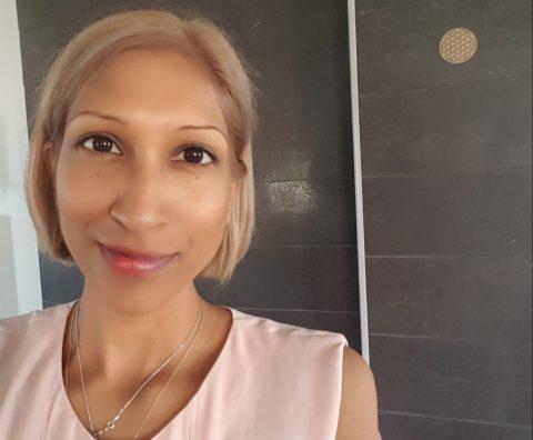 Niomi Lindfors speaks five languages